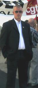 Ronan le gall à la tête de la délagation d'Adsav , pour soutenir les employés licensiés de Rosporden.